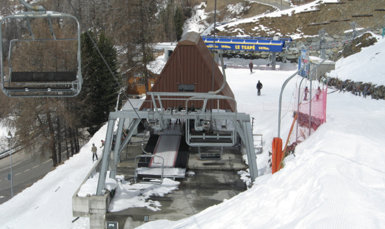 Chairlift (3)